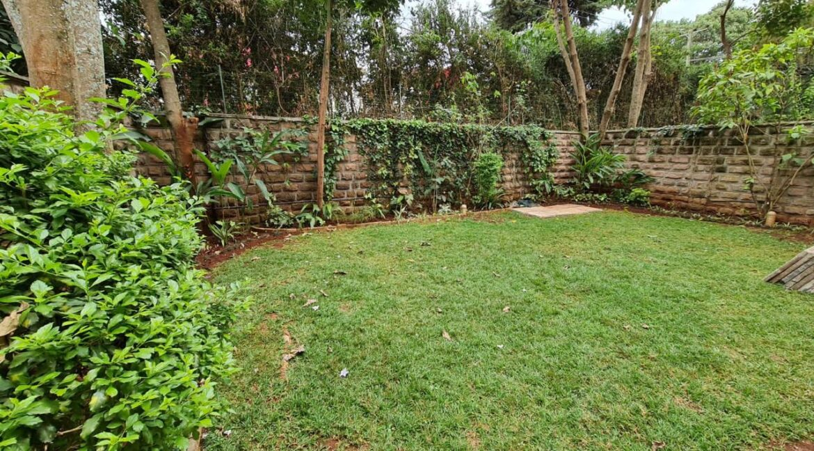 5 Bedroom All Ensuite Townhouse Plus Dsq For Rent at Ksh330k with excellent amenities 6