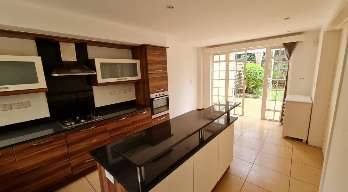 5 Bedroom All Ensuite Townhouse Plus Dsq For Rent at Ksh330k with excellent amenities 7