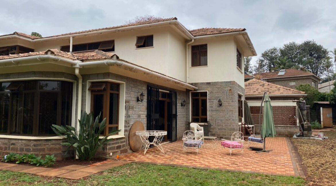 5 Bedrooms Villa all bedrooms en-suite for rent at Ksh400k located in Kitisuru in a gated community but own compound sitting on half acre1