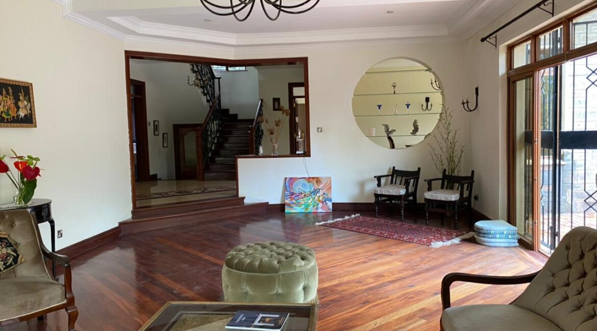 5 Bedrooms Villa all bedrooms en-suite for rent at Ksh400k located in Kitisuru in a gated community but own compound sitting on half acre5