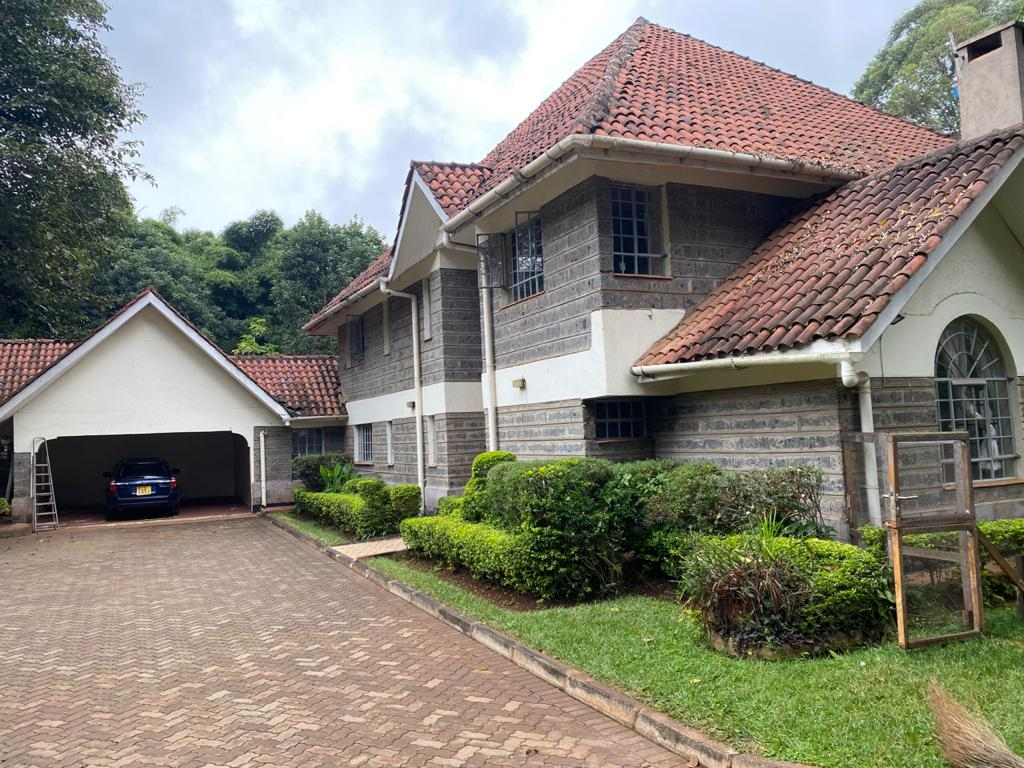 5 Bedrooms all Ensuite House for Rent at Ksh300k Located at Spring Valley and built on1/2 Acre