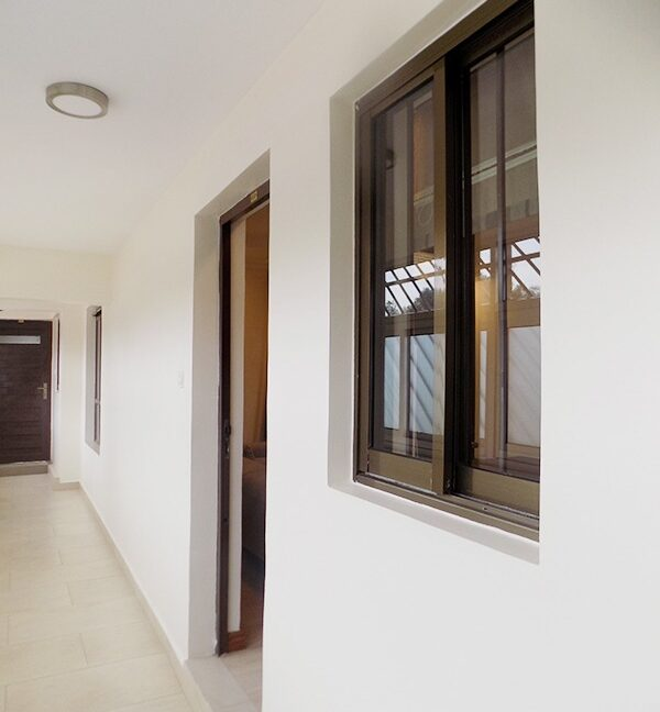 One (1) Bedroom Fully Furnished and Serviced Apartments for Rent at Ksh115 k on Riverside Drive7