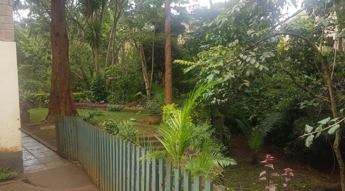 Prime Land for Sale on Peponi Road Ideal for Redevelopment of Town Houses at Ksh165M negotiable16