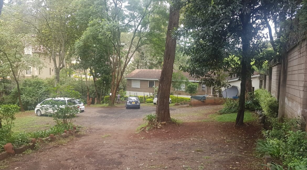 Prime Land for Sale on Peponi Road Ideal for Redevelopment of Town Houses at Ksh165M negotiable23