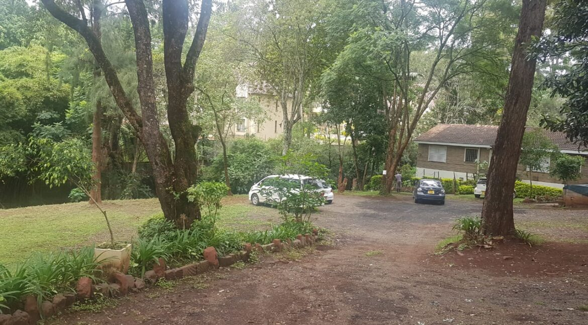 Prime Land for Sale on Peponi Road Ideal for Redevelopment of Town Houses at Ksh165M negotiable24
