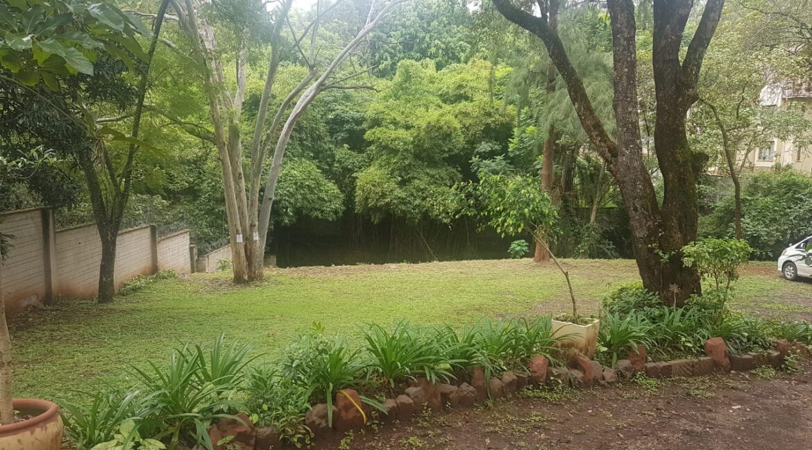 Prime Land for Sale on Peponi Road Ideal for Redevelopment of Town Houses at Ksh165M negotiable25