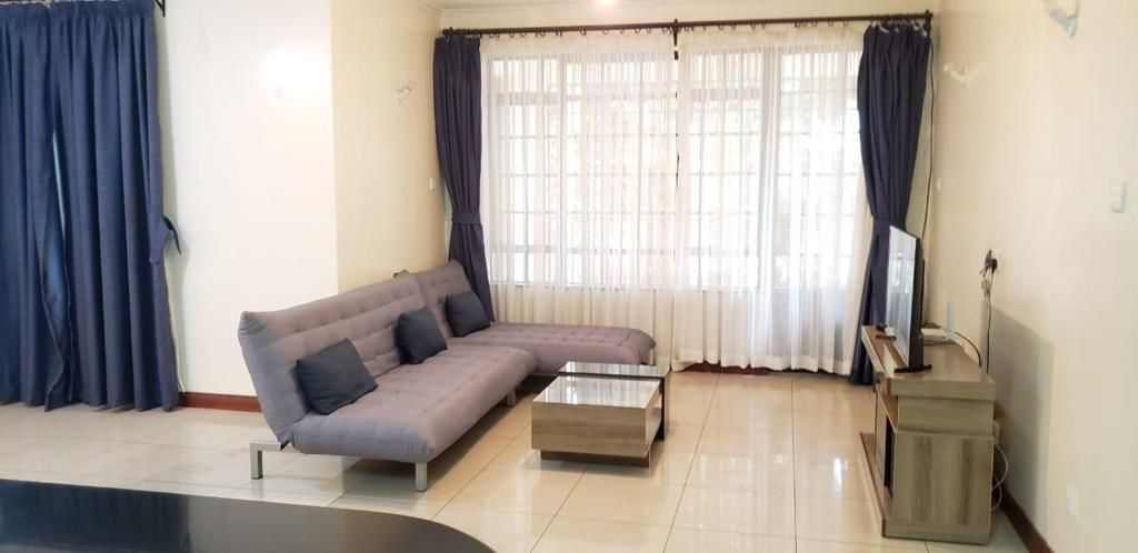 2 Bedroom Apartment for Rent on Ground floor  available for rent along Brookside, Westlands at Ksh90k inclusive of Service Charge5