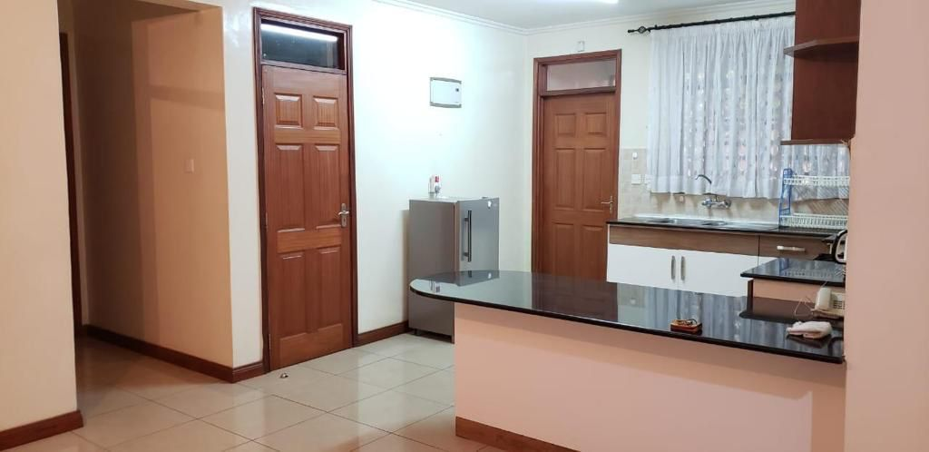 2 Bedroom Apartment for Rent on Ground floor  available for rent along Brookside, Westlands at Ksh90k inclusive of Service Charge7