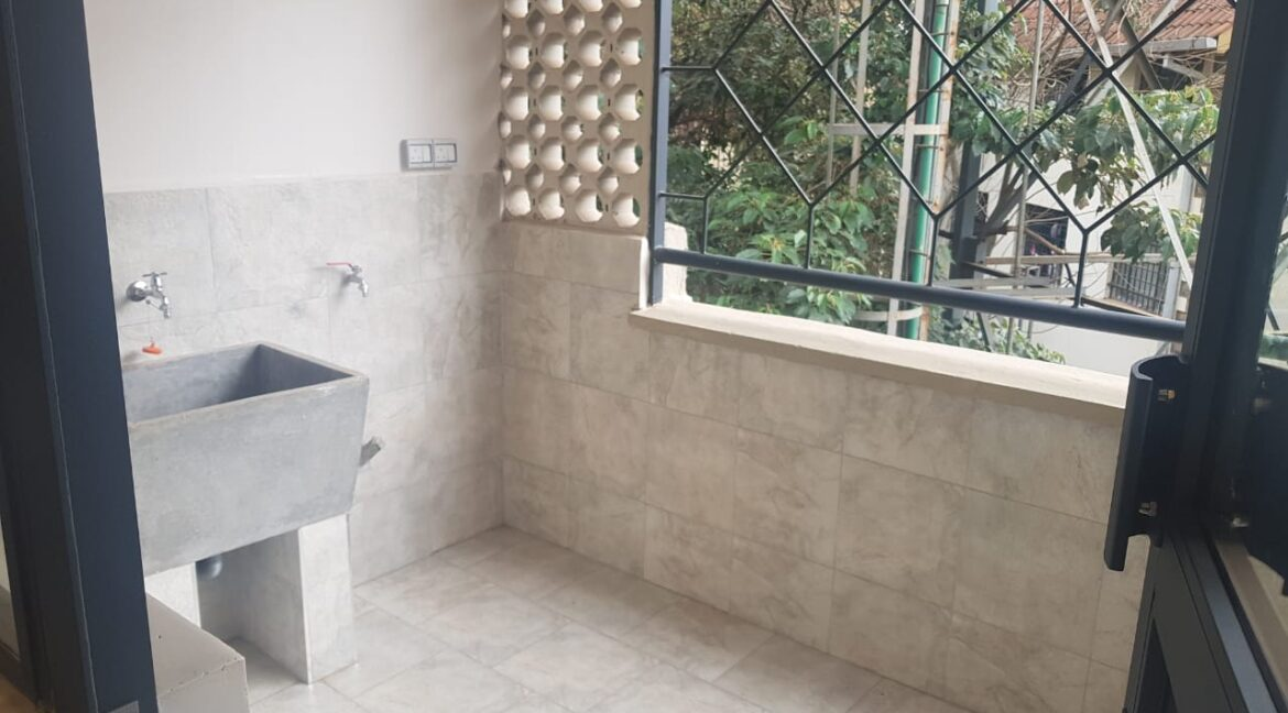 Newly Renovated 4 Bedroom Apartment For Rent  at Ksh160k with Swimming Pool, Gym, located at Valley Arcade, Lavington12
