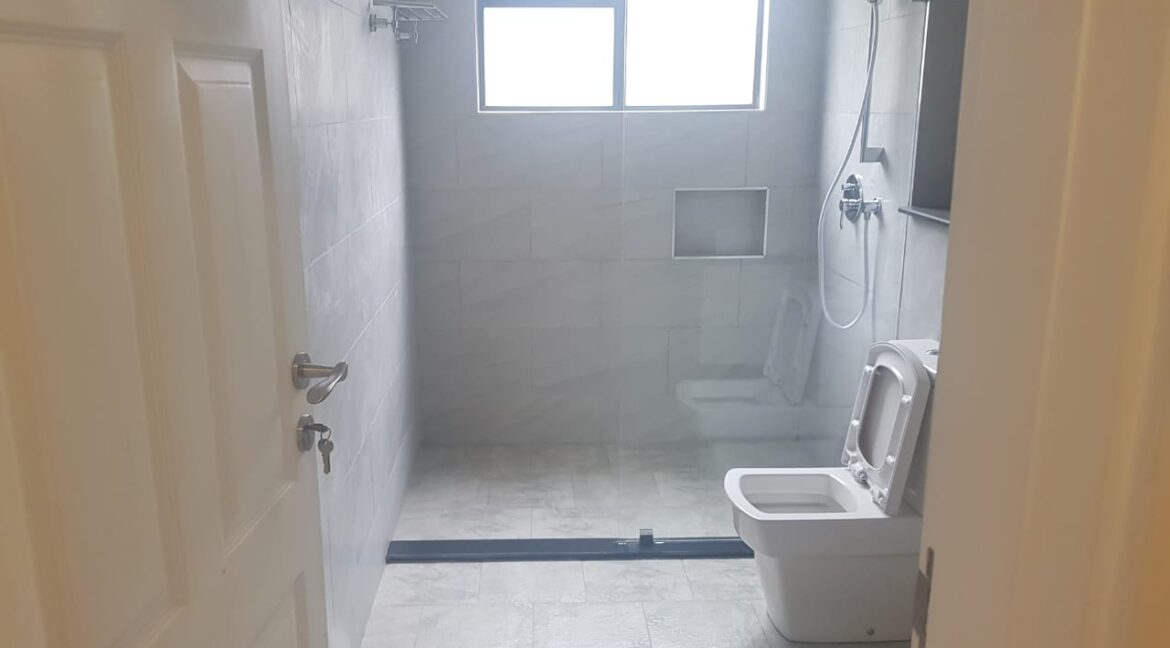 Newly Renovated 4 Bedroom Apartment For Rent  at Ksh160k with Swimming Pool, Gym, located at Valley Arcade, Lavington14