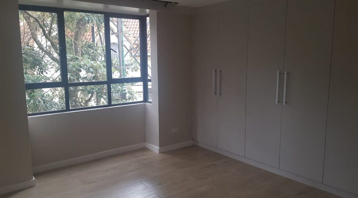 Newly Renovated 4 Bedroom Apartment For Rent  at Ksh160k with Swimming Pool, Gym, located at Valley Arcade, Lavington22
