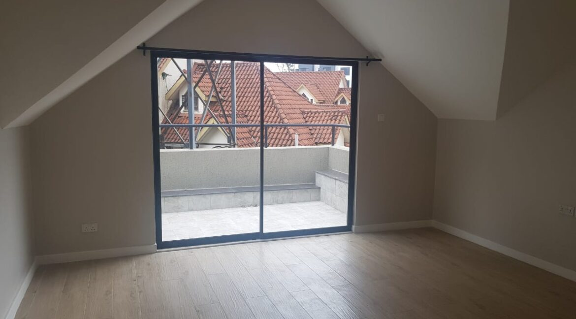 Newly Renovated 4 Bedroom Apartment For Rent  at Ksh160k with Swimming Pool, Gym, located at Valley Arcade, Lavington26